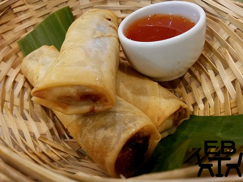 Some very crunchy and meaty spring rolls, with sweet chilli dipping sauce.
