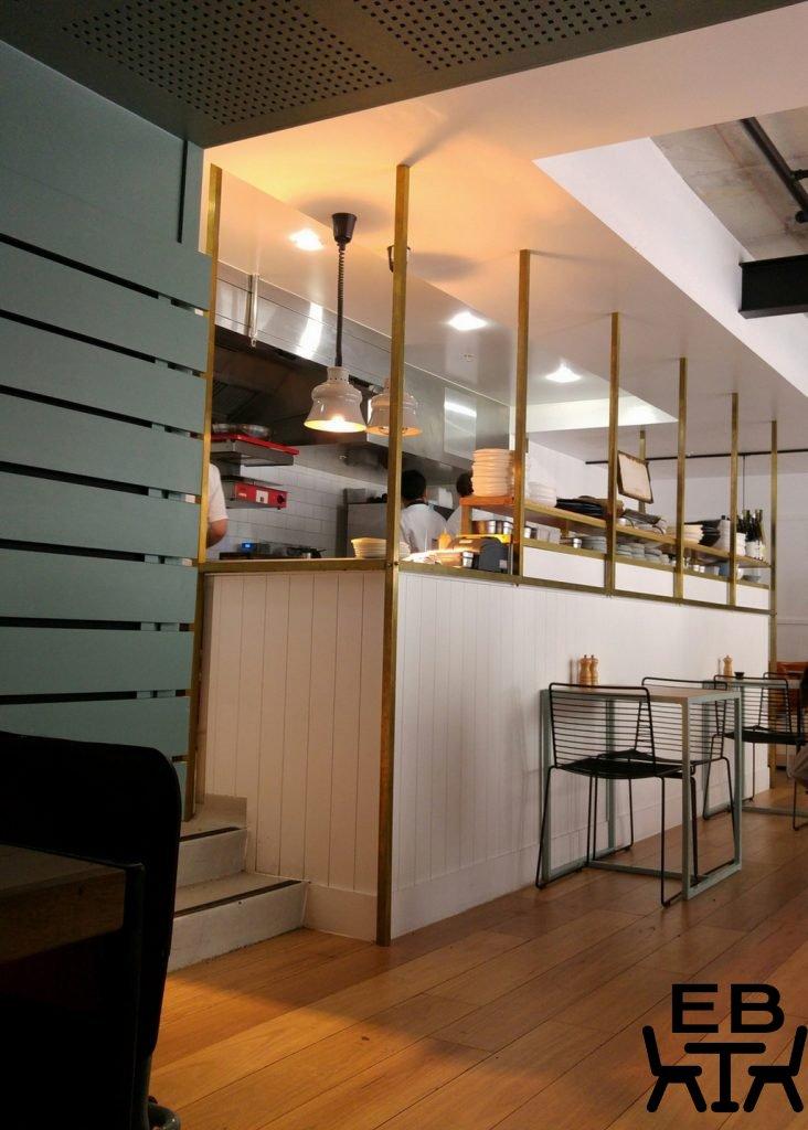 Gauge kitchen