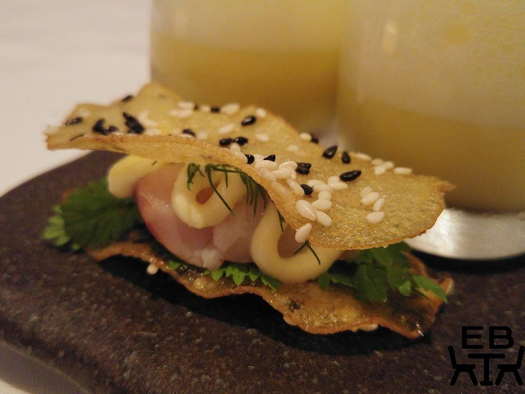 Urbane kingfish crisps