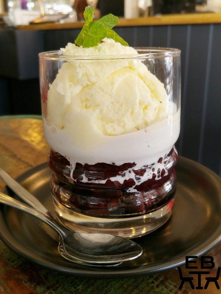 Cafe O Mai dessert