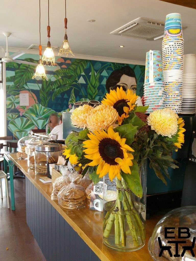 Cafe O Mai counter