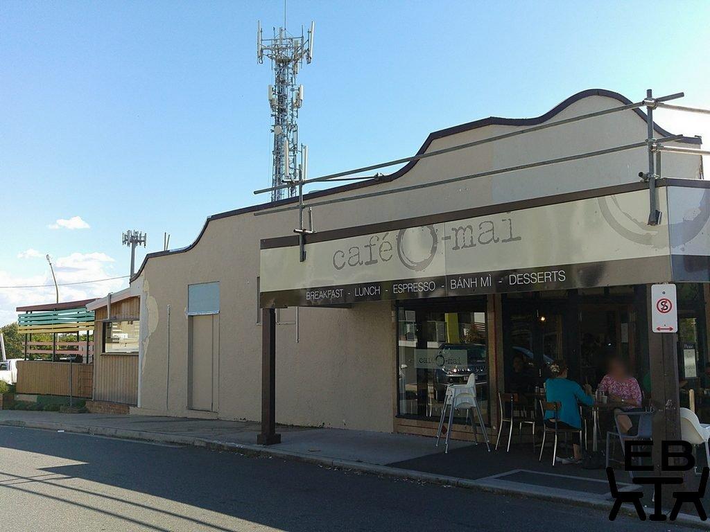 Cafe O Mai outside