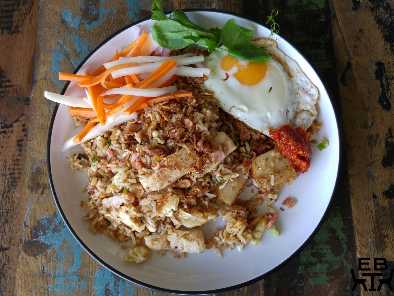 Lazy dog nasi goreng