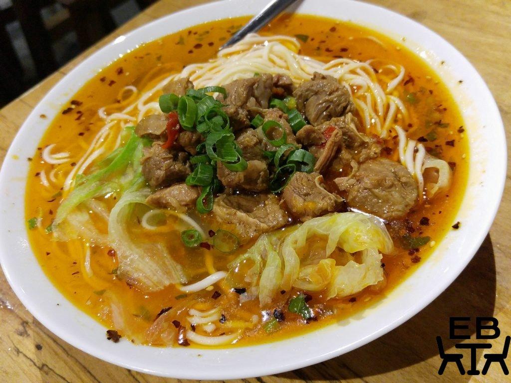 Little red dumpling noodles