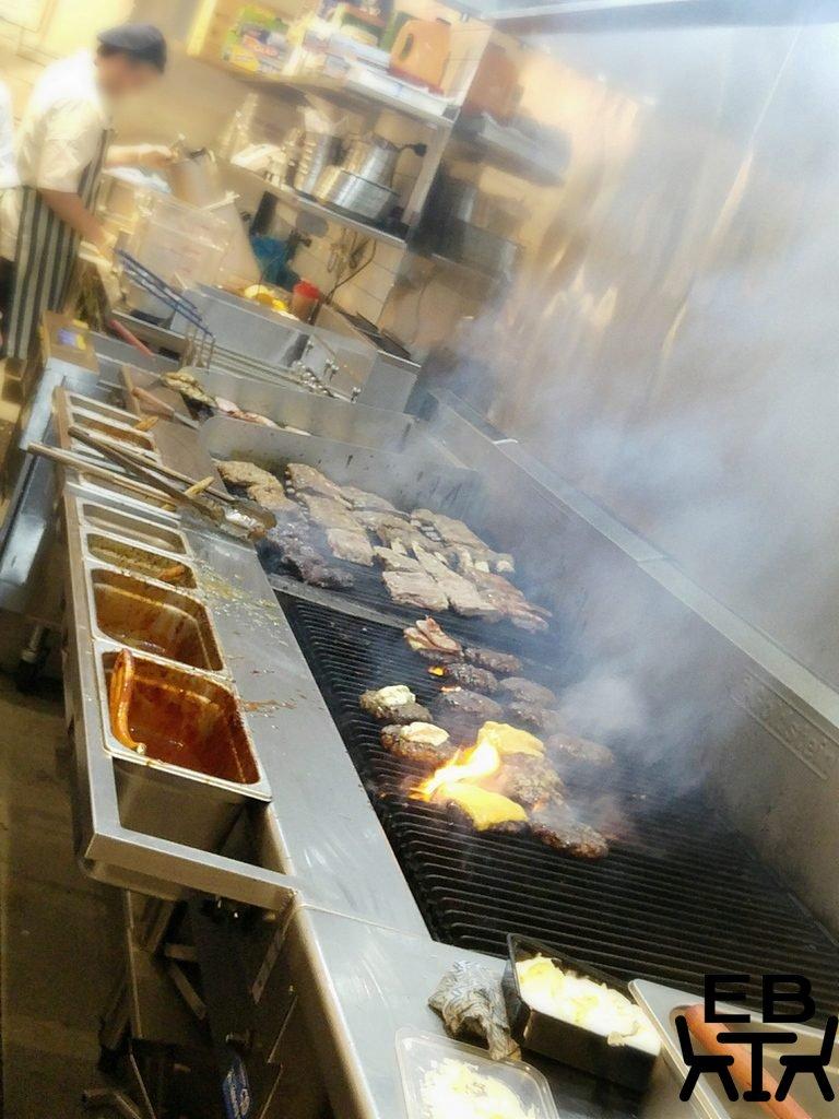 Rib and burgers woollongabba kitchen