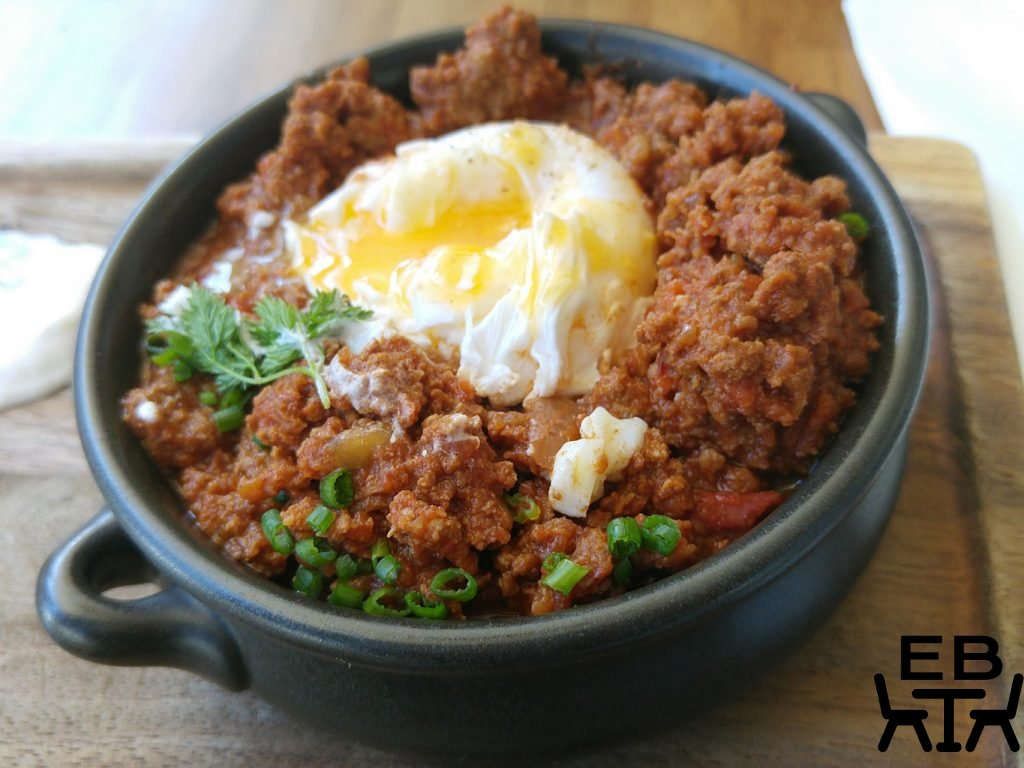 Rogue bar and bistro mince pot