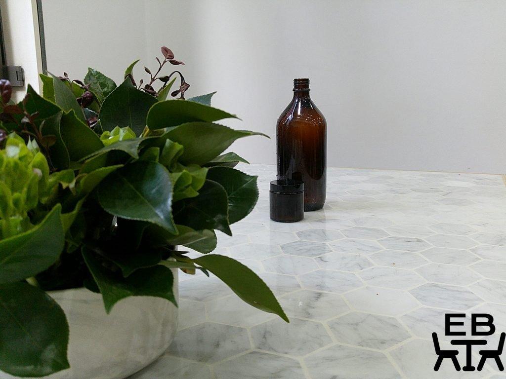 White mojo table