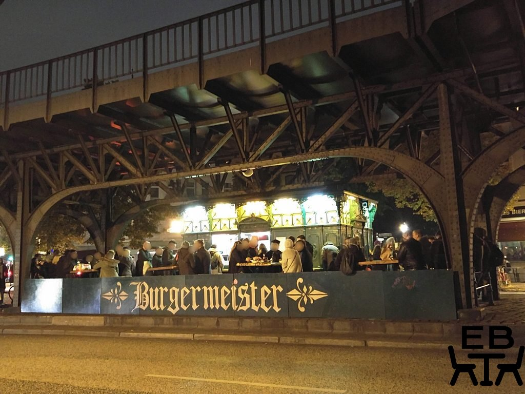 Burgermeister front