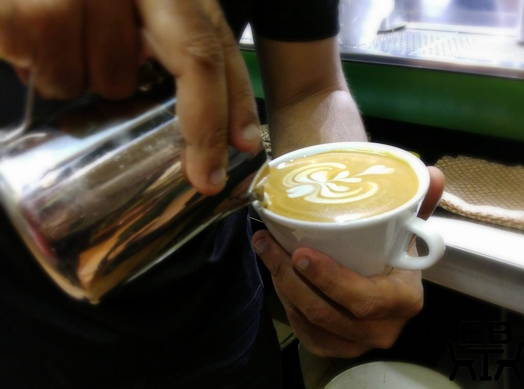 Di bella latte art