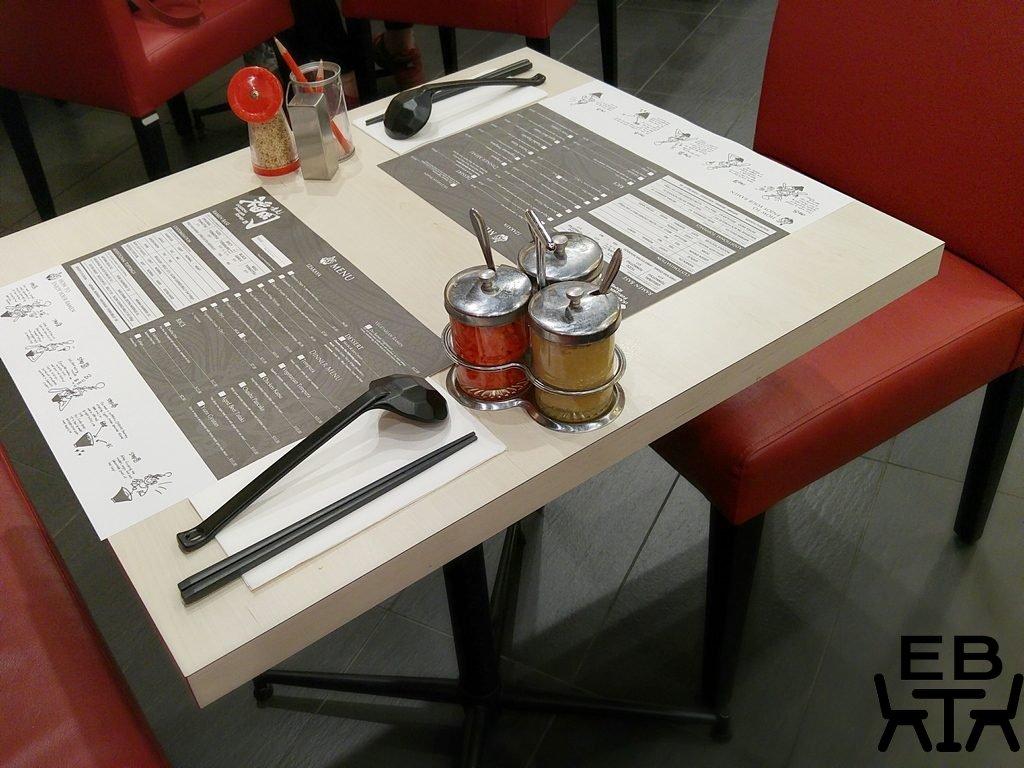 Ikkoryu fukuoka table