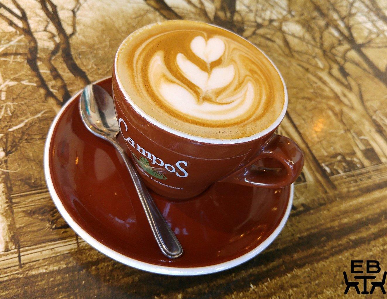 Kafe krave flat white
