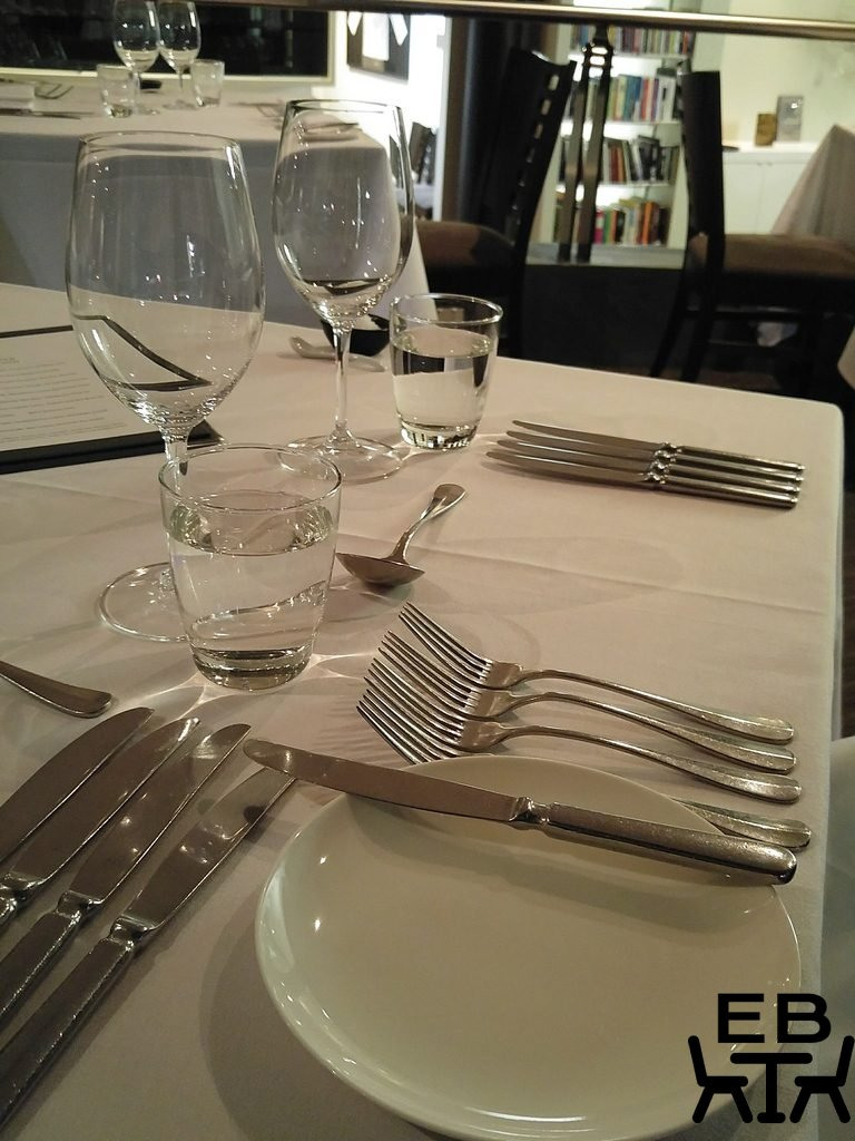 Restaurant Two cutlery