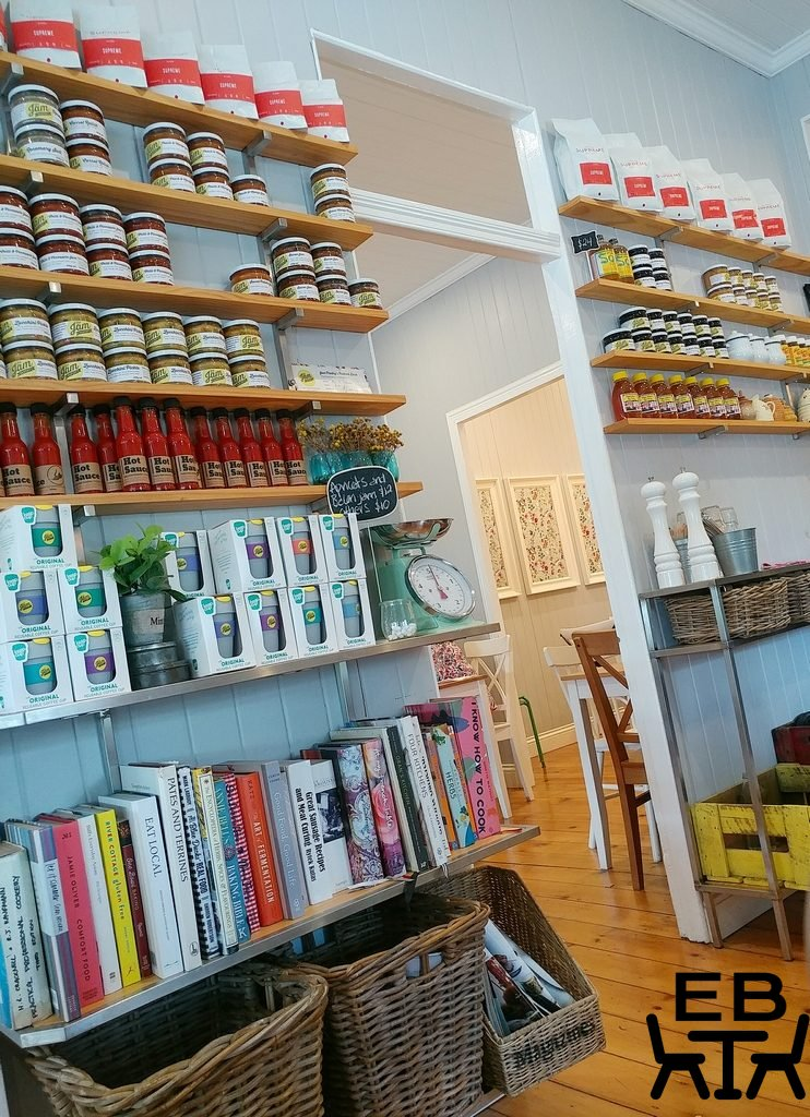 jam pantry shelves