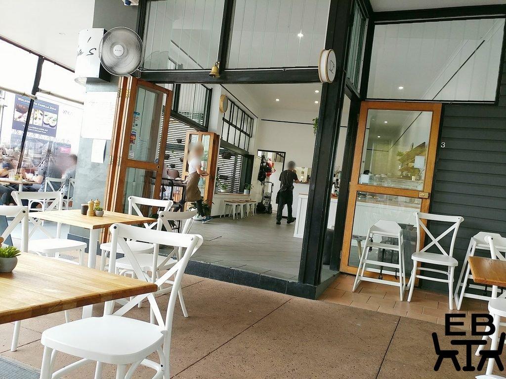 frejas cafe seating