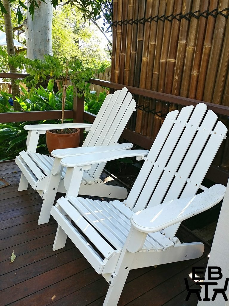westport and lee chairs