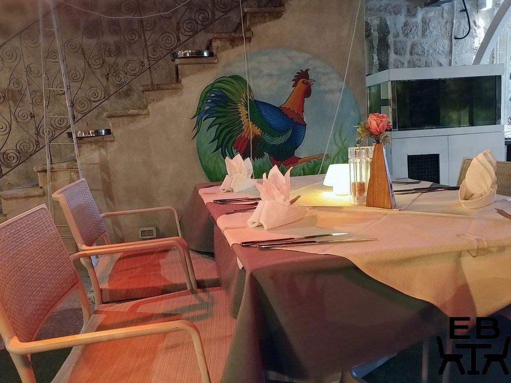 restaurant kopun mural