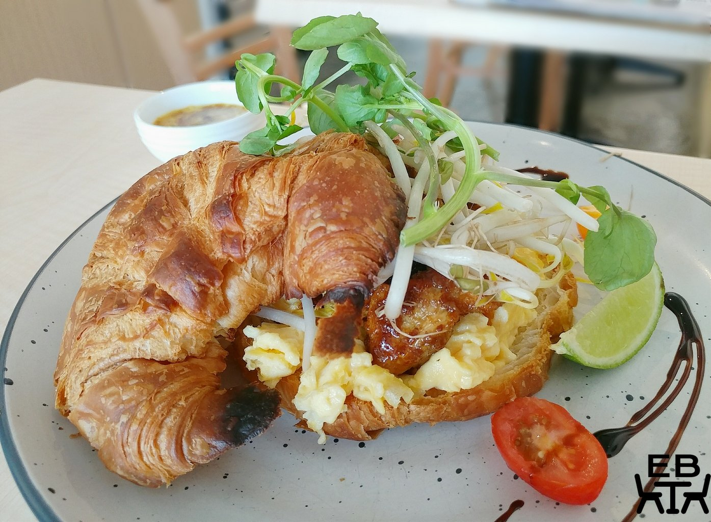cafe impero satay chicken croissant