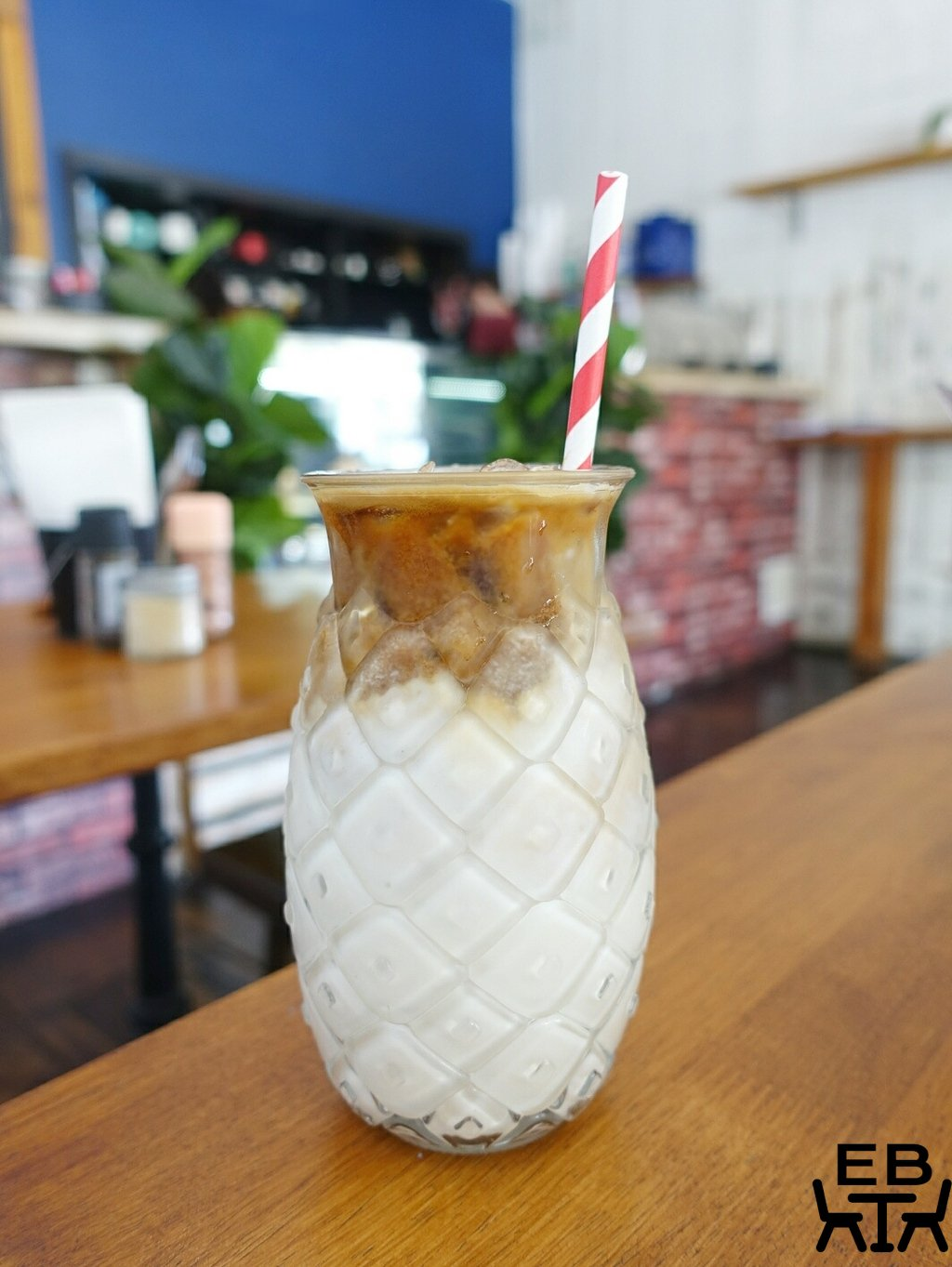 blue bear coffeehouse iced latte