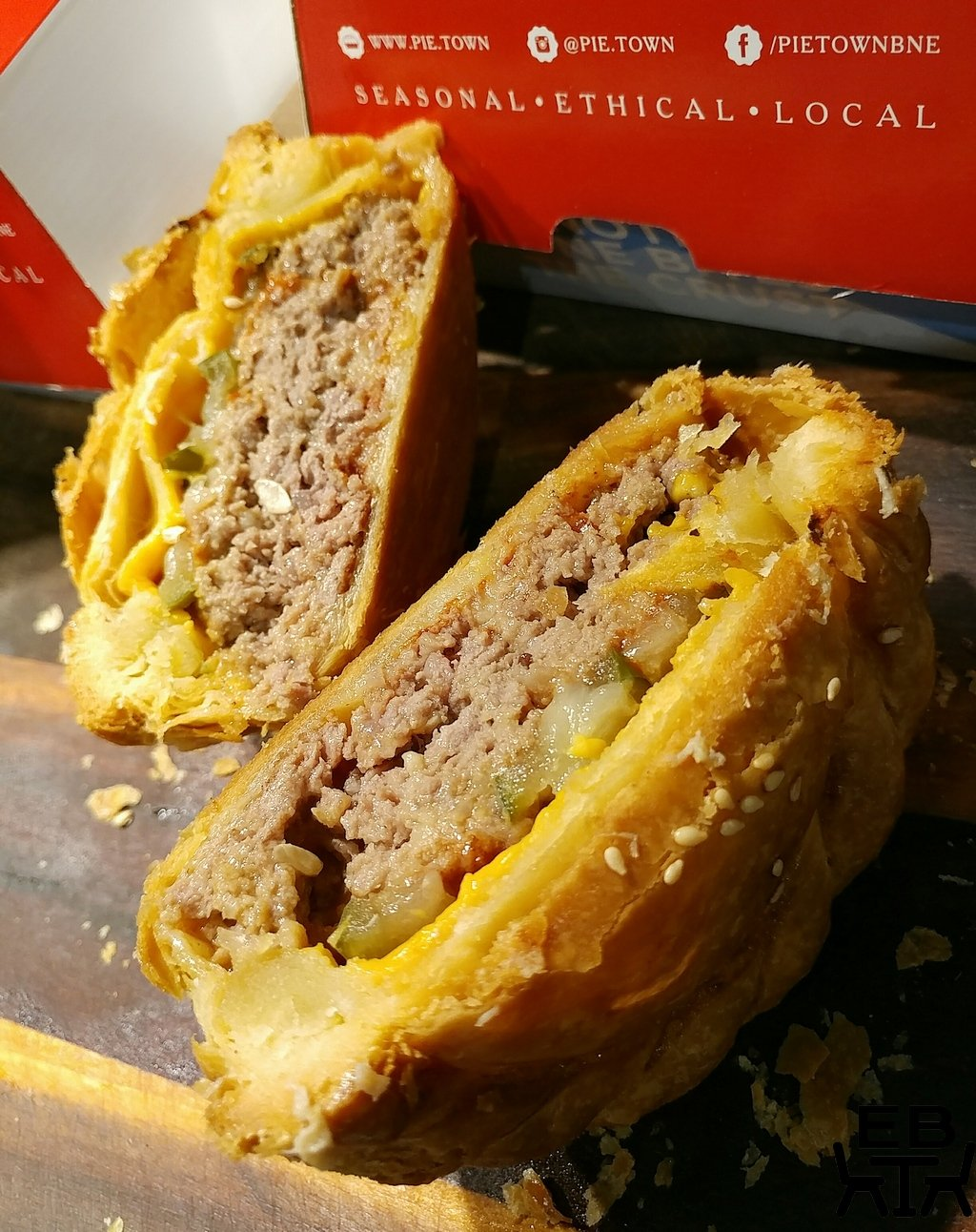 pie town cheeseburger pie