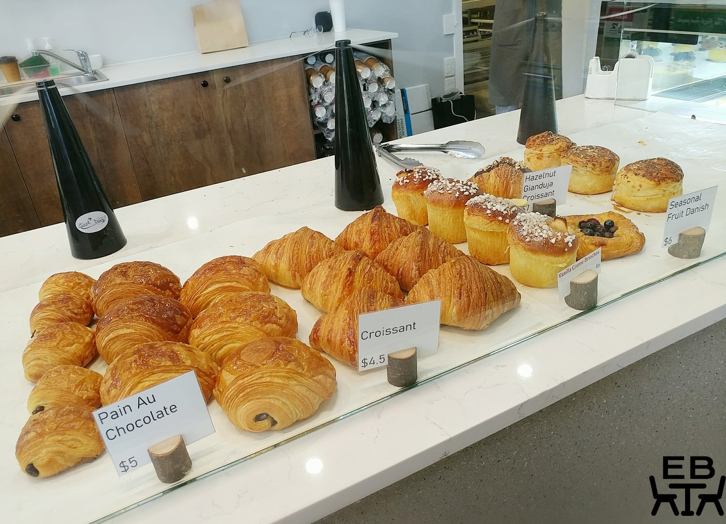 reno fine patisserie display