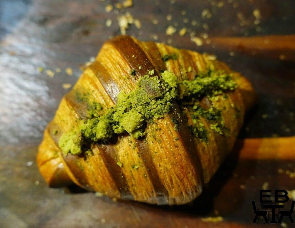 reno fine patisserie matcha croissant