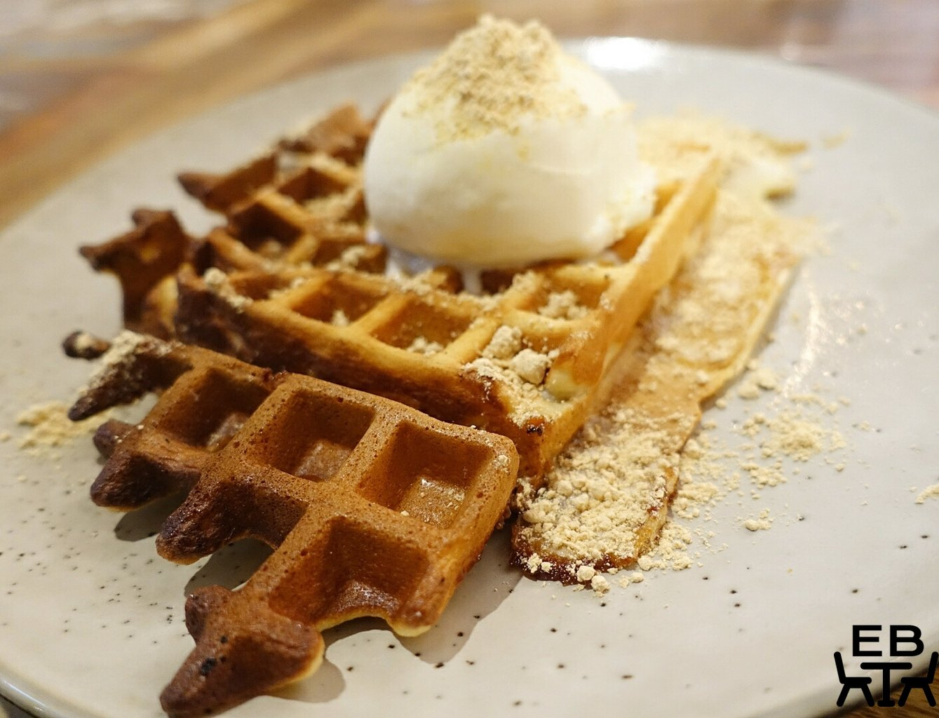 manok park mochi waffle