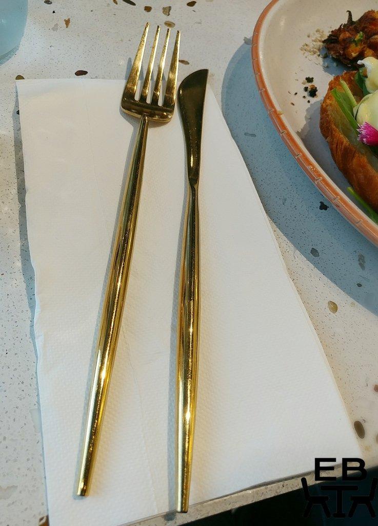 cache cache cutlery