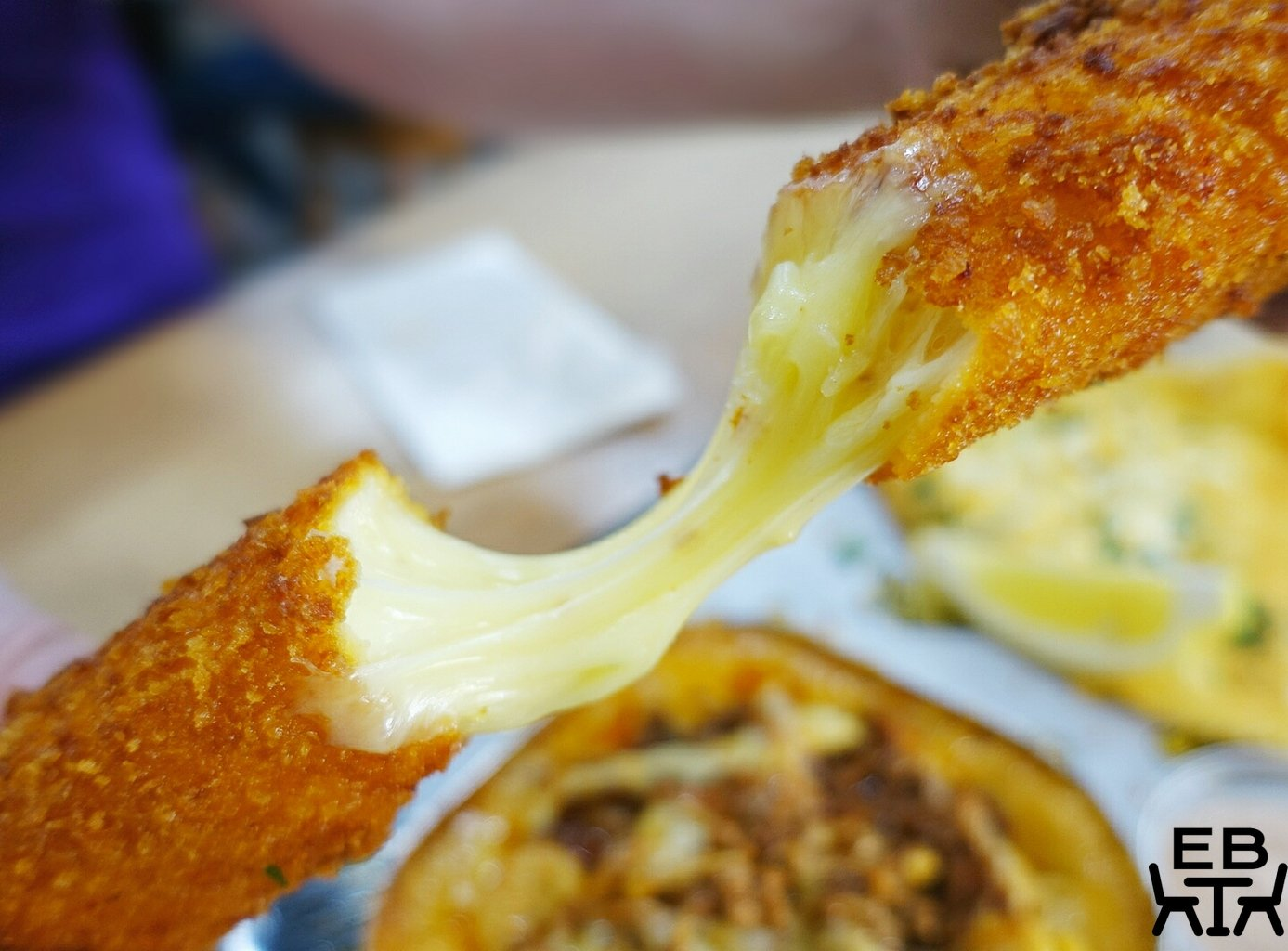 mac from way back mozzarella stick